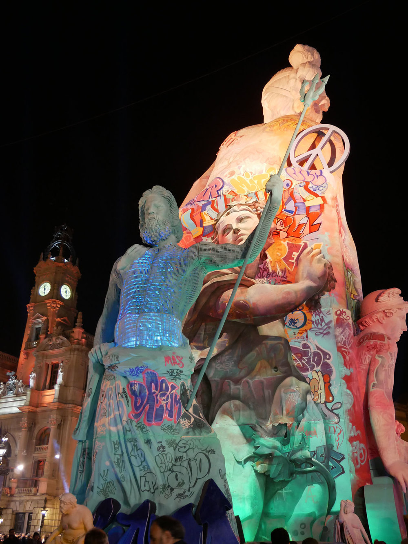 Falla Ayuntamiento back.jpg