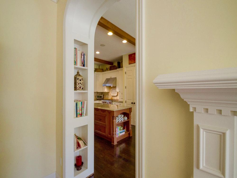 home_kitchen.jpg