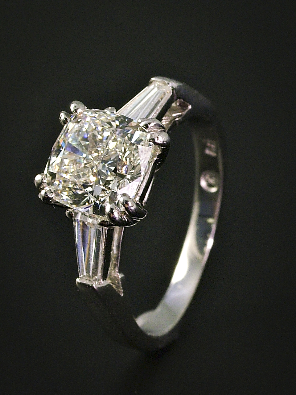 Vintage 3 Stone Engagement Ring