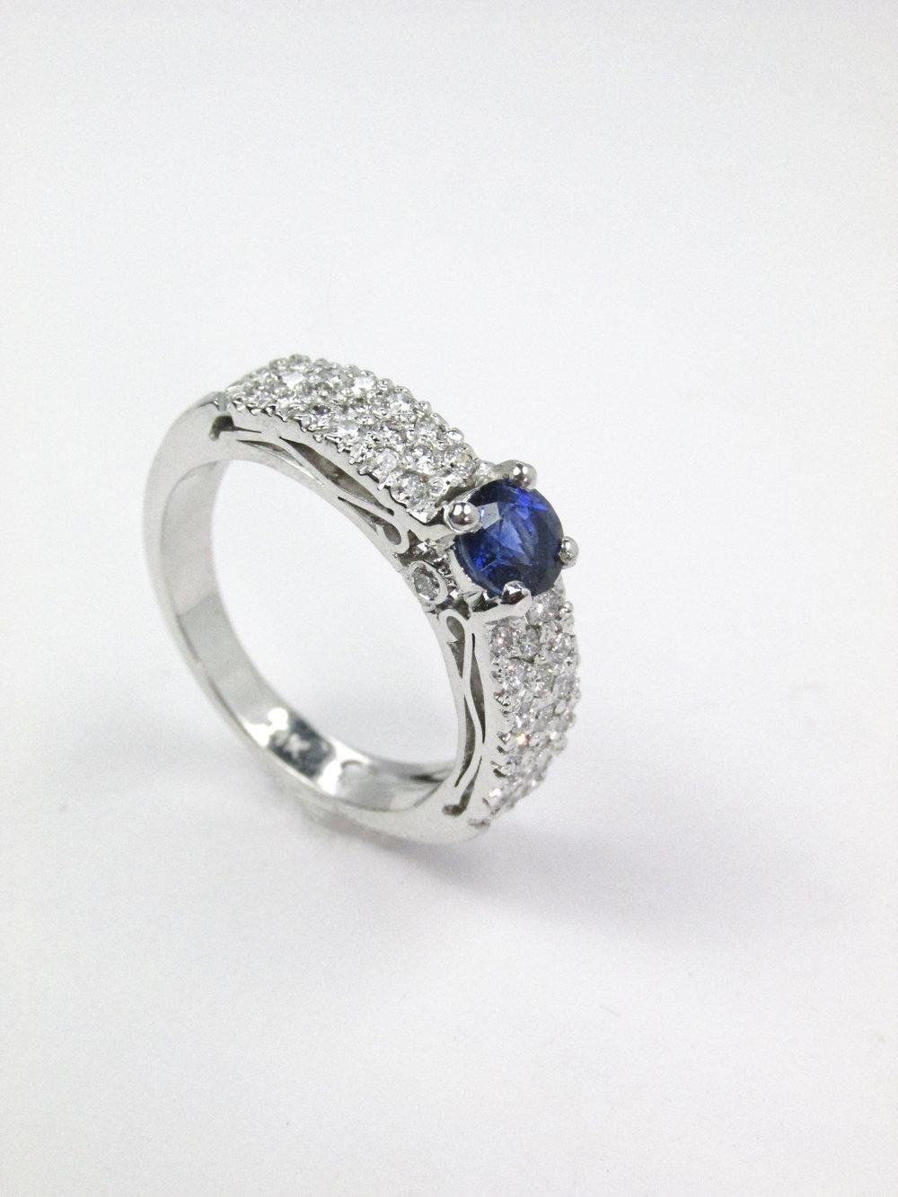 sapphire_diamond_pave_ring_redford_jewelers.jpg