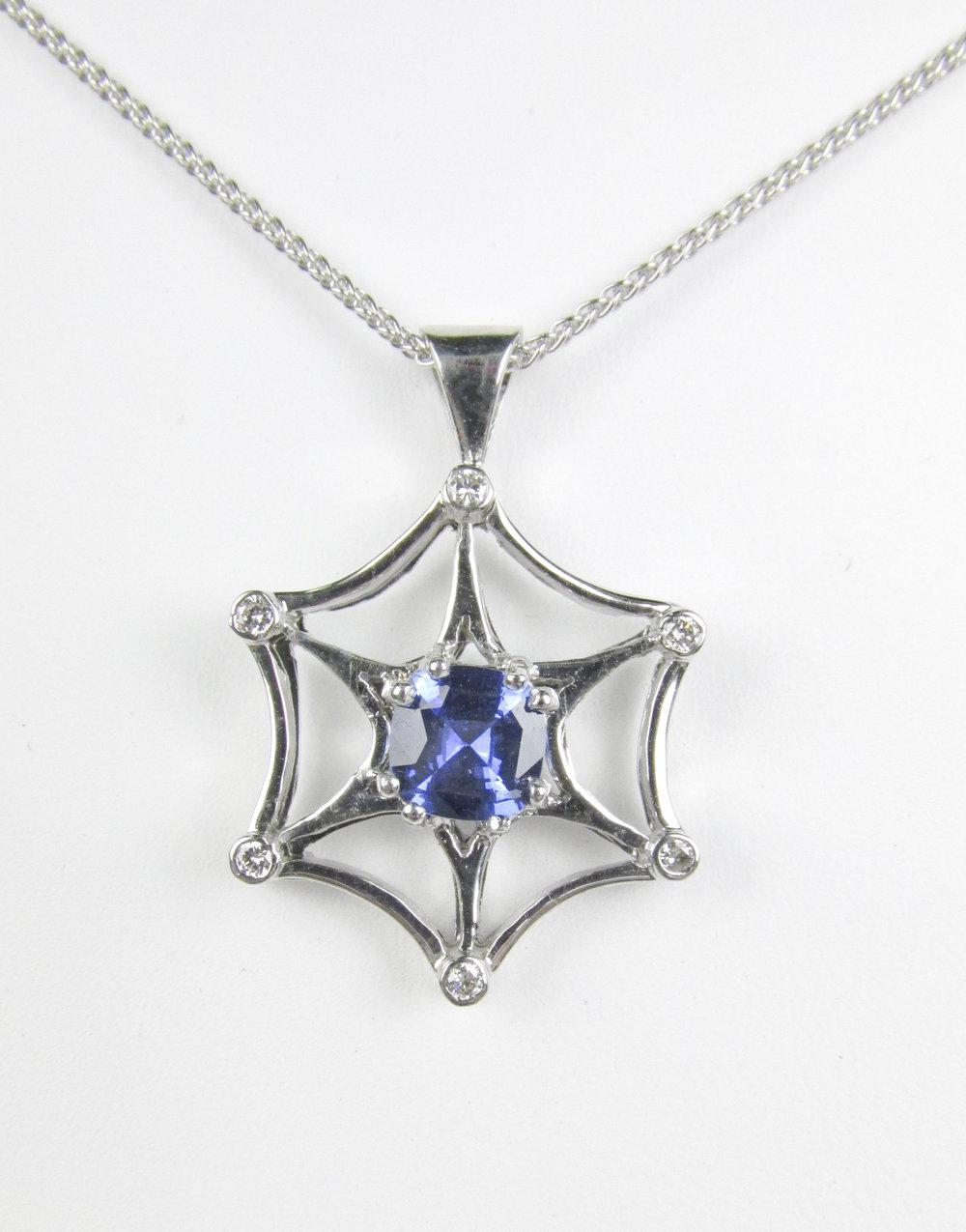sapphire_pendant_redford_jewelers.jpg