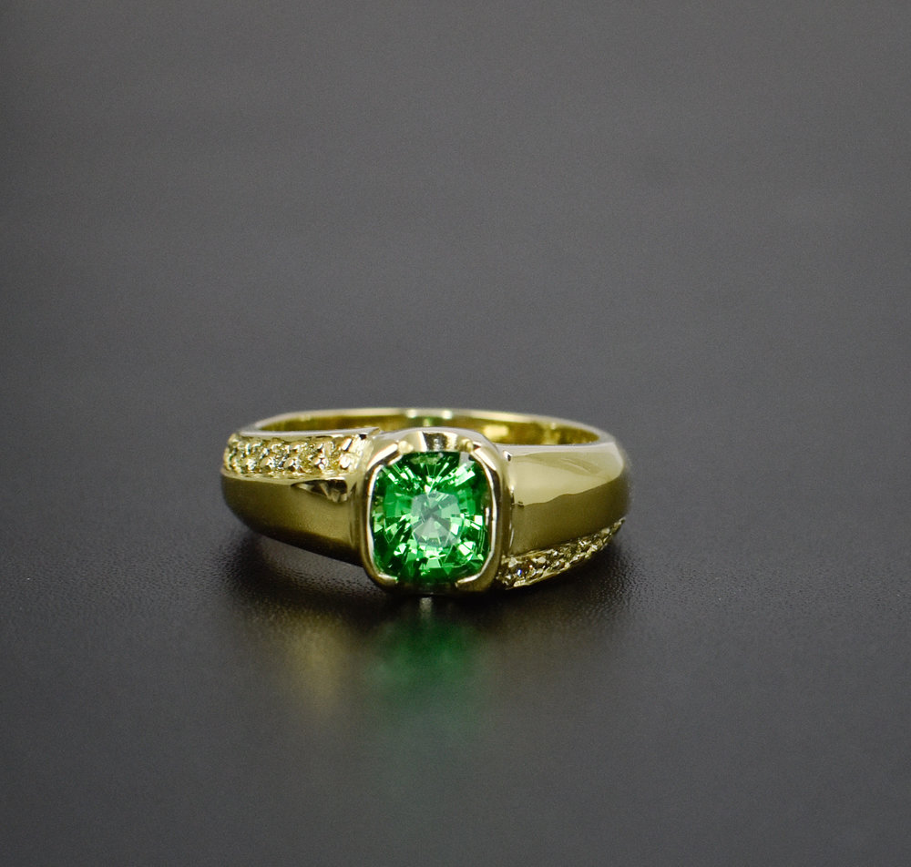 Tsavorite Garnet with Yellow Diamonds