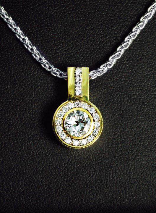 unique_diamond_pendant_redford_jewelers.jpg