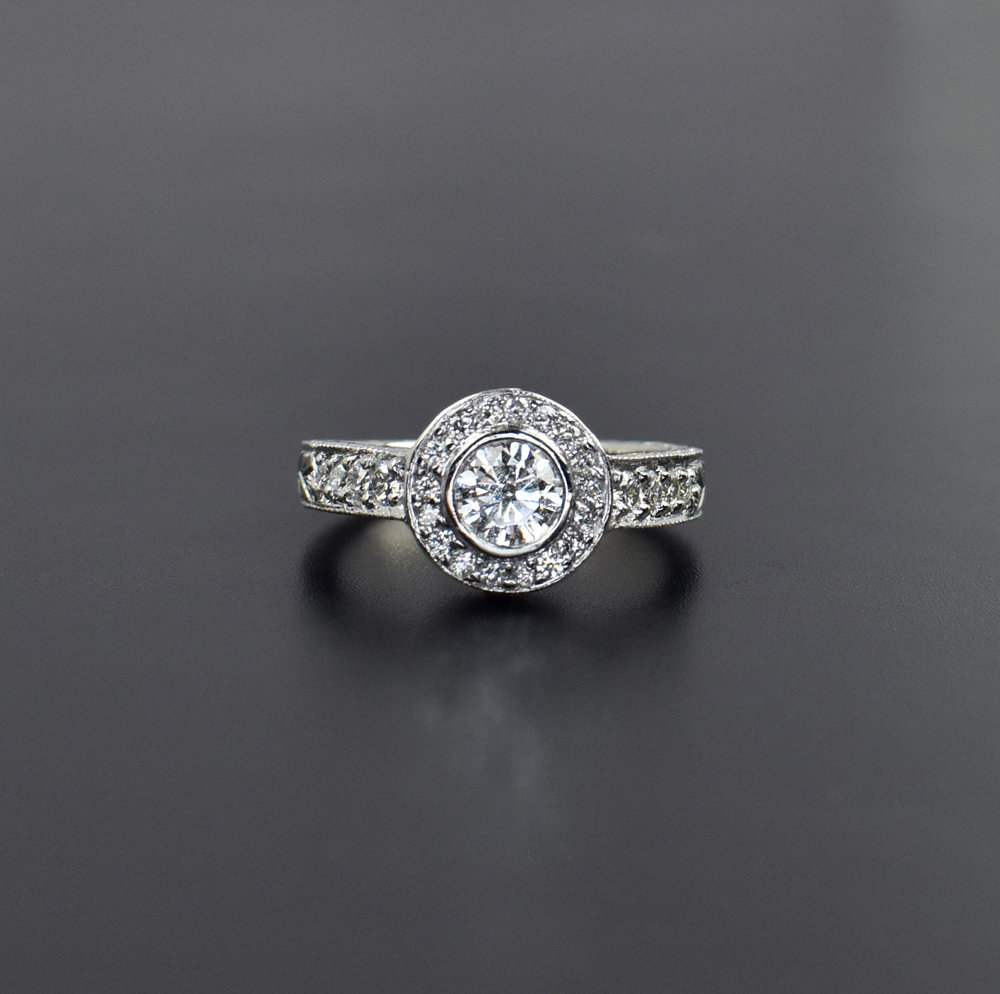 bezel_halo_engagement_ring_2_dell_taylor.jpg