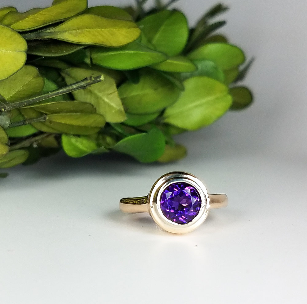 amethyst_two_tone_ring_2_redford_jewelers_holiday_2018.jpeg