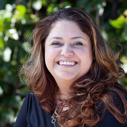 Yanette Ramirez <br> Customer Service Rep </br>