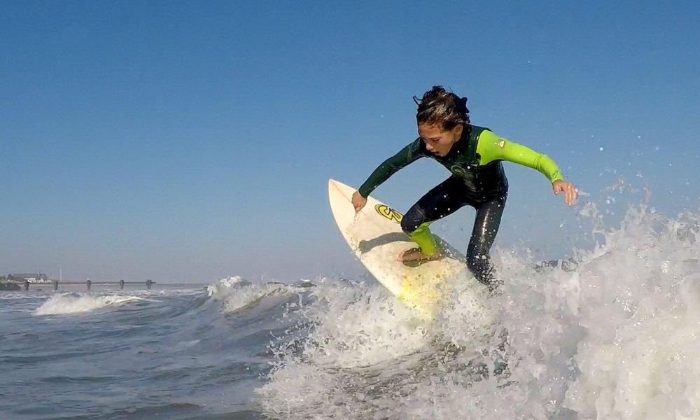 OwenDunn-Surfing-02.jpg