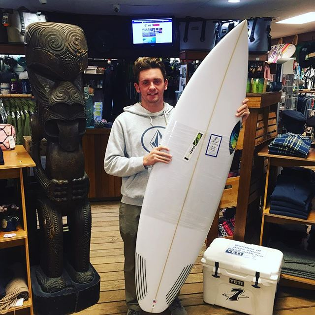 @rsmallcheck and his new ok model from @sharpeyesurfboards