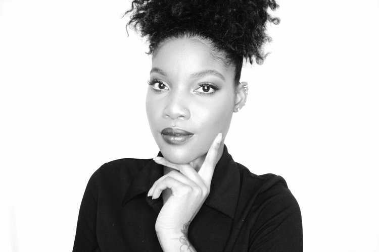 Tarina is a Makeup Artist from New York City. She got her start with beauty supply store Ricky's NYC and then moved onto working as an Artist with MAC ...