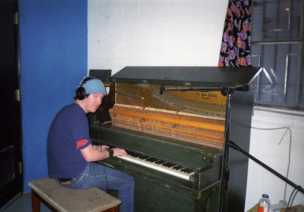 Elliott at piano Baby Britain 1997.jpg