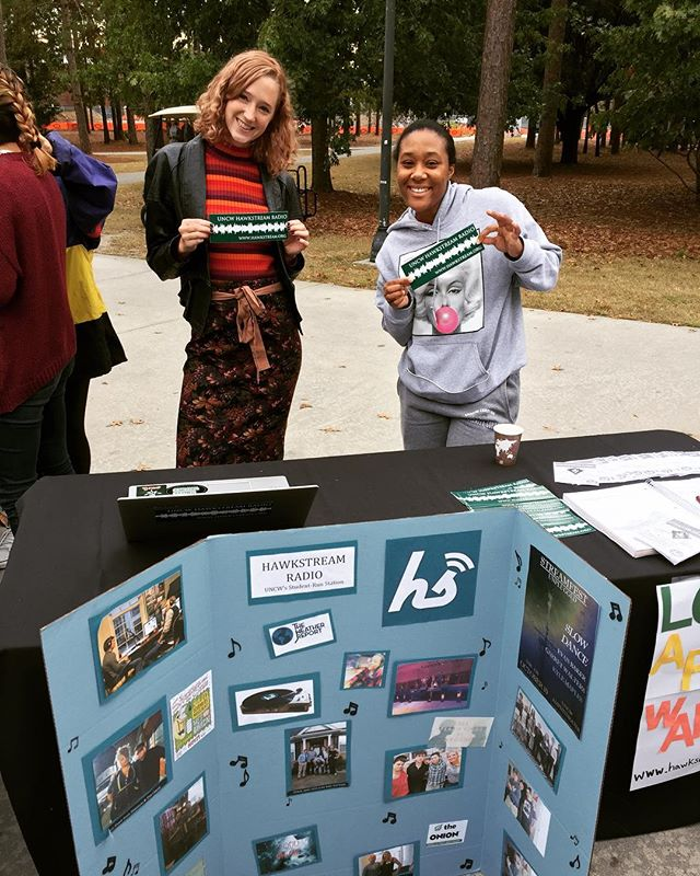 Promotions managers tabling at #wagsgiving ! Stop by and grab a flyer and a bumper sticker 👽 . . . . . . #radio #collegeradio #uncw #college #music #promotions #thanksgiving #local #wilmington