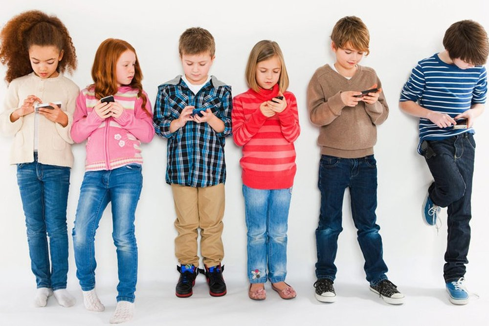 Dangers of too much screen time for kids