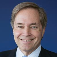 <b>David W. MacLennan</b>Chairman & CEO, Cargill