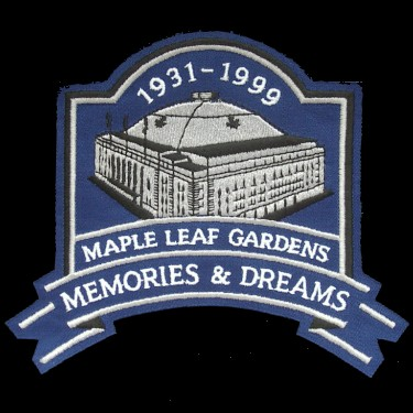 WANTED - Maple Leaf Garden Memories & Dreams patch worn during the 1998-99 season