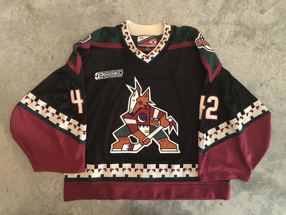 1999-2000 Robert Esche Phoenix Coyotes game worn road jersey