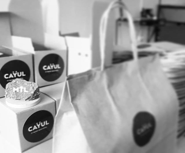 Love, Exciting and YUL 🎶🎵🎶 #yul #mtl #cayul #montreal #montrealheart #gift #bestgiftever #cayulmtl #welovemtl #mtlmoment #readytosell #ordernow🤗