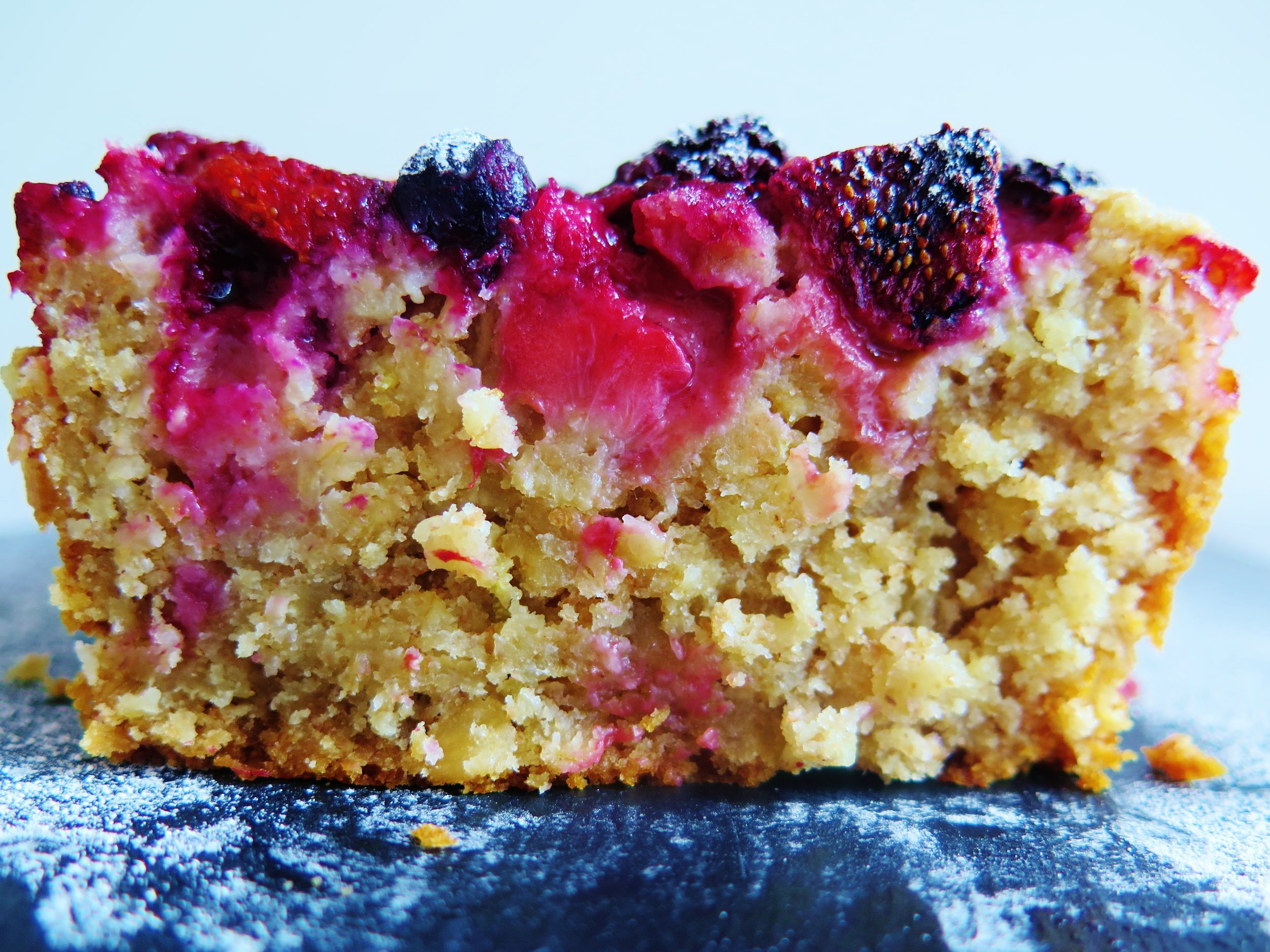 Wholesome berry & oat breakfast loaf