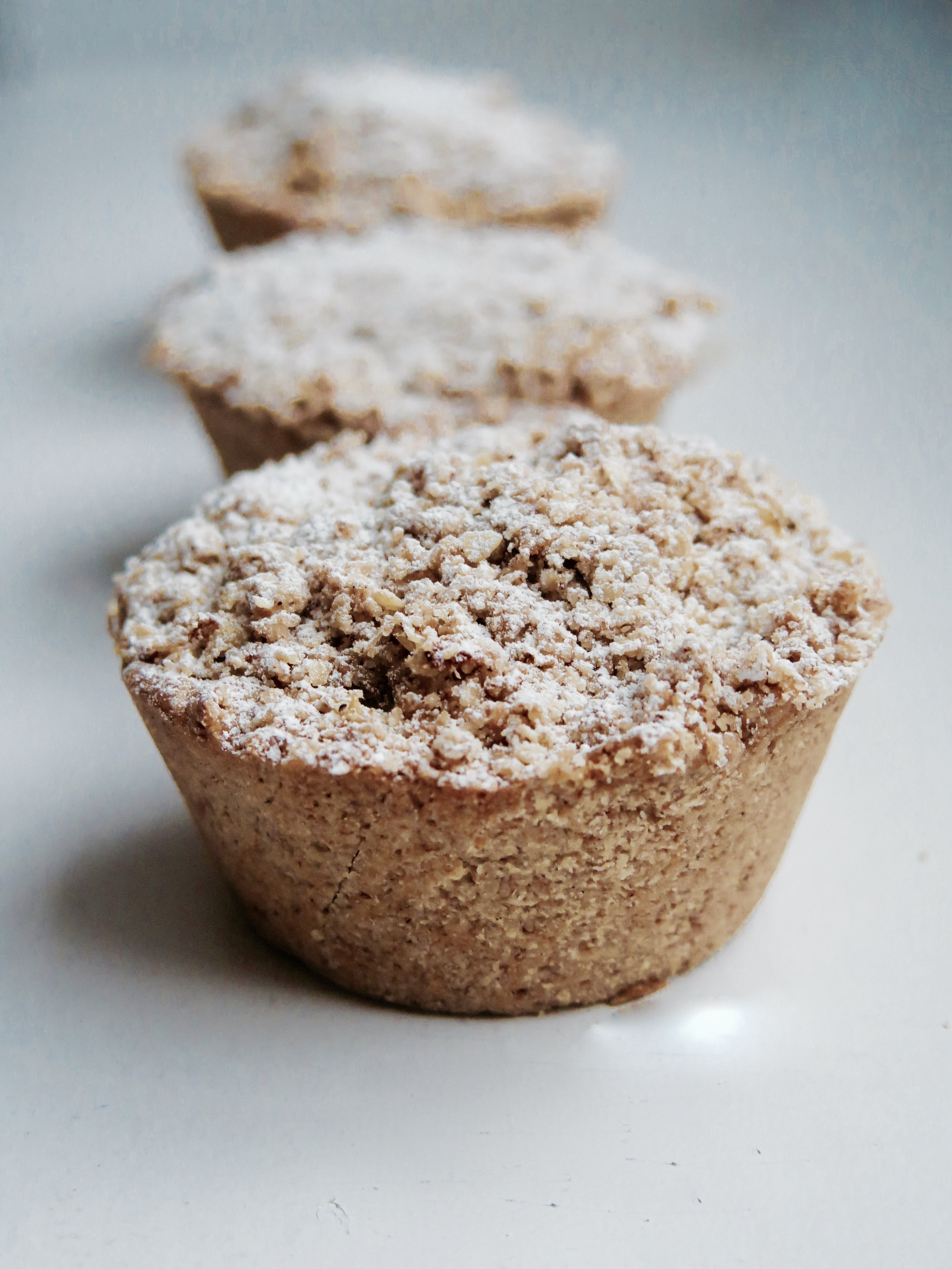 Cinnamon Apple Crumble Pies