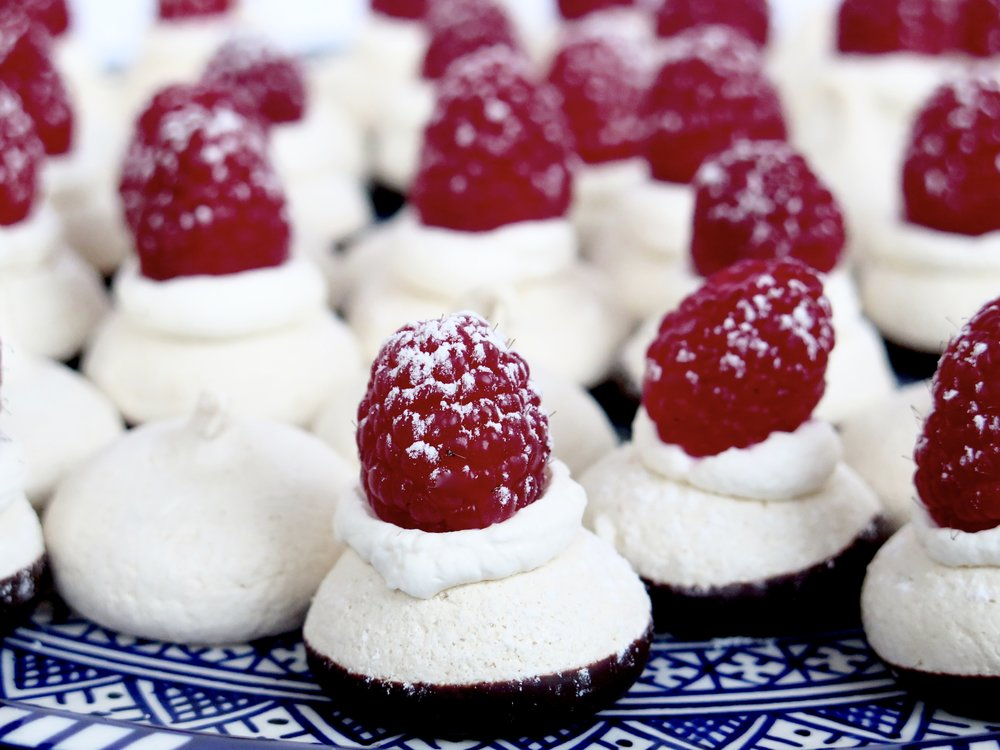 Mini Chocolate & Raspberry Meringues