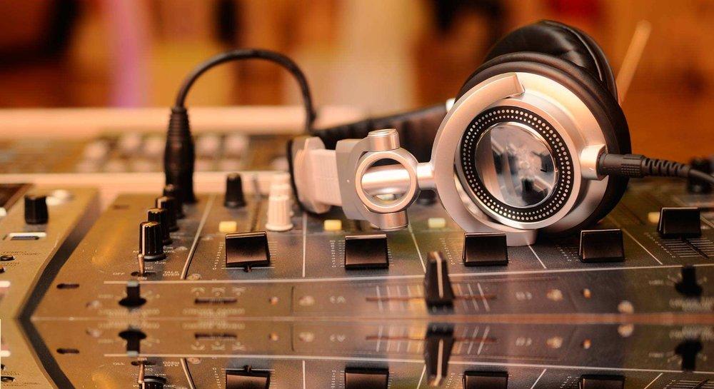 website-Media-radio.jpg