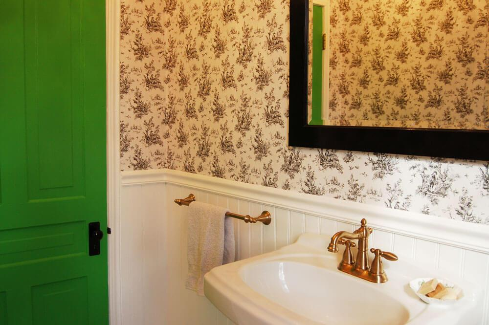love this bathroom especially the bright green door heather mentions in the podcast.