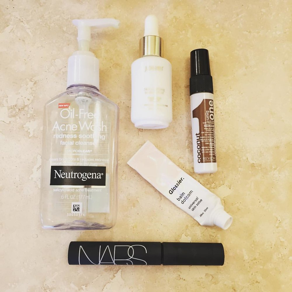 More #empties! @neutrogena @jouercosmetics @glossier @narsissist #revlonprofessional #uniqone #cleanser #facialoil #hair #hairtreatment #skincare #makeup #mascara #lipbalm #beauty #blogger