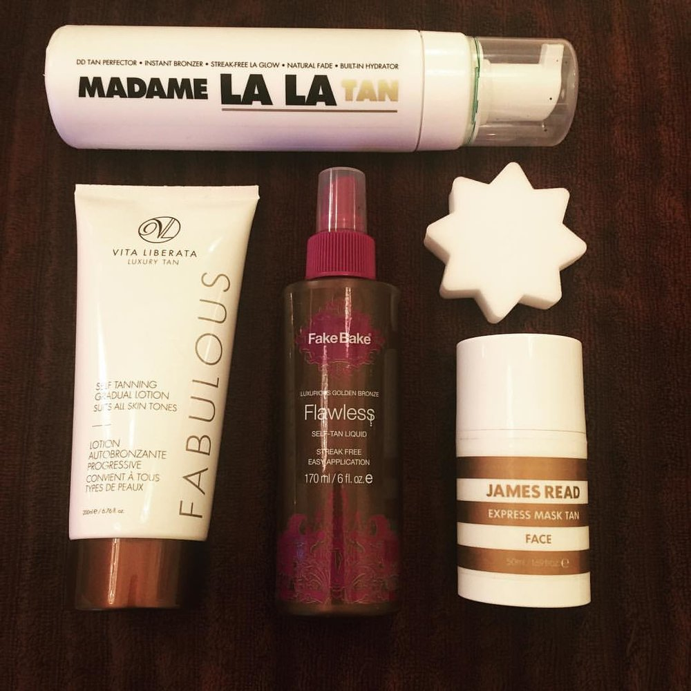 April 1 means it's time to tan! A few of my faves to kick off #selftanning season! @madamelalauk @vitaliberata @fakebakeusa @jamesreadtan @bronzebuffer #faketan #selftan #bottlebronze #justsaynotostreaks #selftanremover