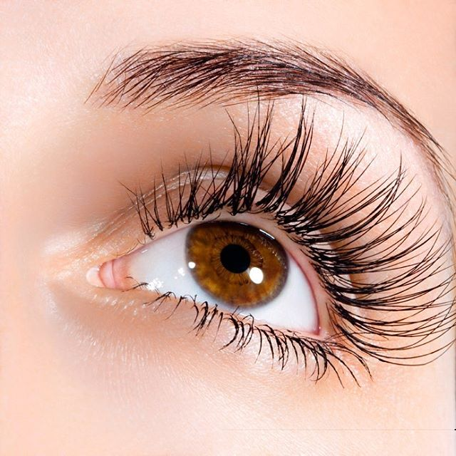 Happy National Lash Day! What #mascara are you wearing? #eyelashes #lashes #makeup #beauty