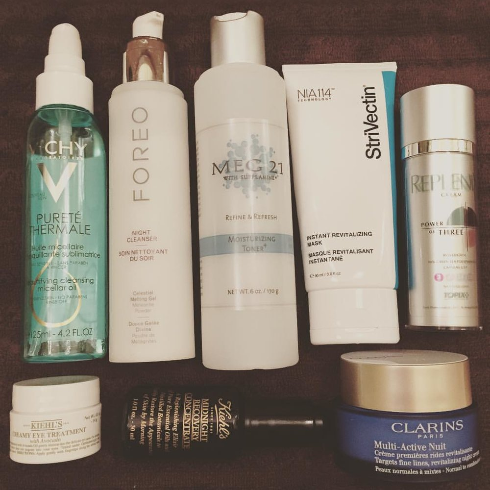 #Saturday night. @vichyusa @foreo @meg21skincare @strivectin #replenix @kiehlsnyc @clarinsnews #cleansingoil #cleanser #toner #mask #antioxidant #eyecream #serum #moisturizer #skincare #regimen #diyfacial