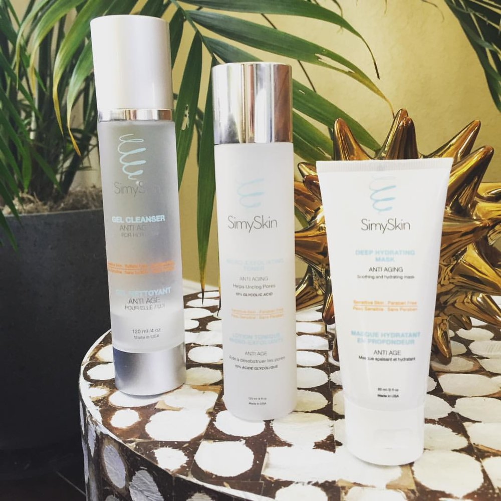 Want to get $15 off this super-easy yet super-effective @simyskin #skincare regimen? Check out today's post for a discount code! #targetedskincare #simyskin #beauty #antiaging #cleanser #toner #mask #exfoliate #hydrate