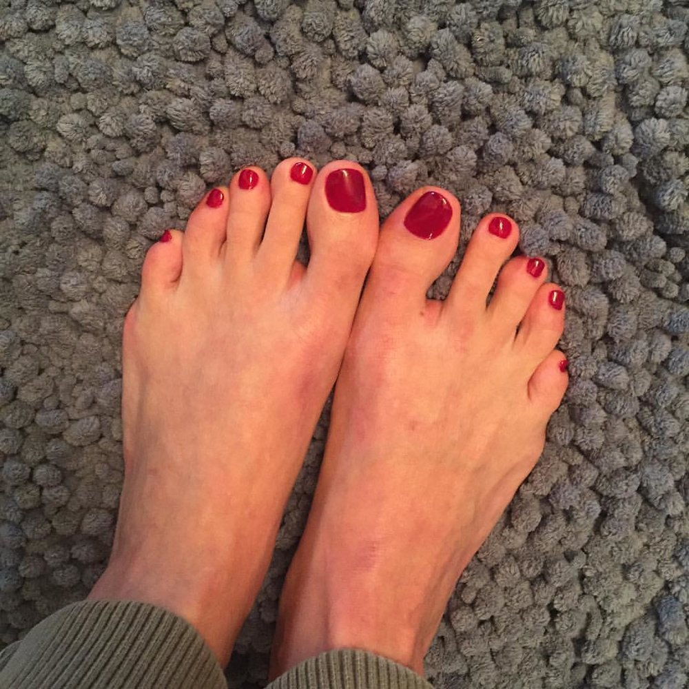 First #fall #pedicure! @essiepolish #bordeaux #feet #yay #beauty #nailpolish #toes