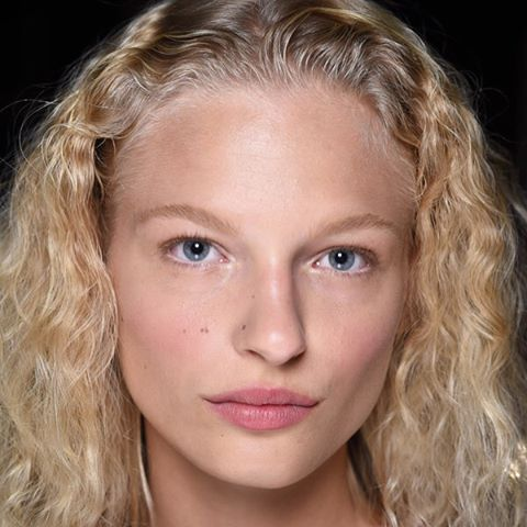 My favorite #fashionweek #makeup look yet. By @narsissist at @thakoonny. #beauty #natural #healthy
