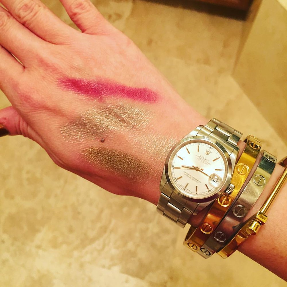 #hubs: What are you doing?  Me: #Swatching #makeup colors for #fall  #hubs: Does that actually make sense to you? #makeup #beauty #eyeshadow #lipstick @tomford @pixibeauty @flowerbeauty #wristfest