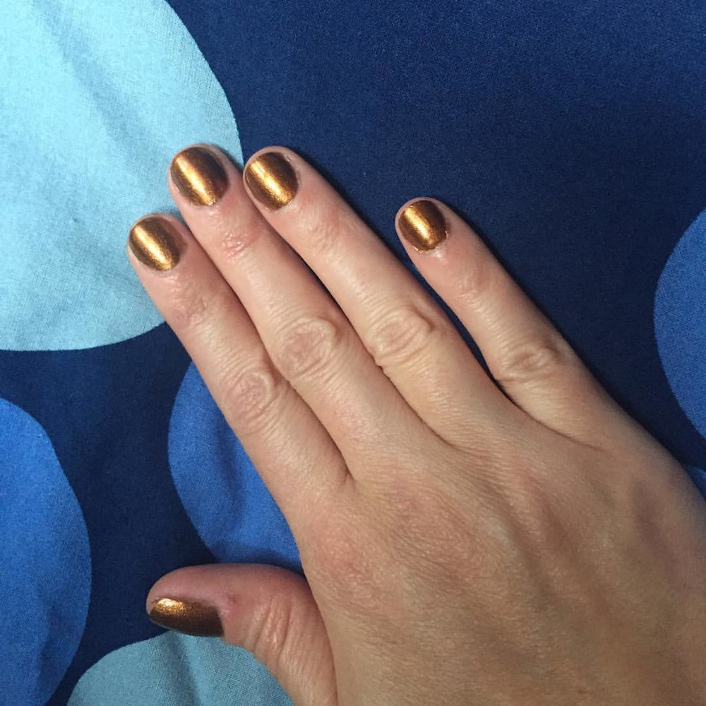 "@essiepolish ""Leggy Lady"" #manicure #nails #coloroftheweek #beauty #transitioningtofall"
