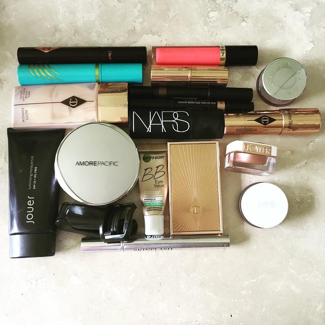 #vacation #makeup #nobrushes @ctilburymakeup @revlon @beccacosmetics @narsissist @flowerbeauty @rmsbeauty @amorepacific_us @jouercosmetics @clarinsnews @nudestix @garnierusa @dior #beauty #lips #cheeks #face