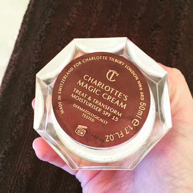 It pays to have a #beautyeditor #bestie. Thanks, @eliseminton! @ctilburymakeup #magiccream #skincare #beauty