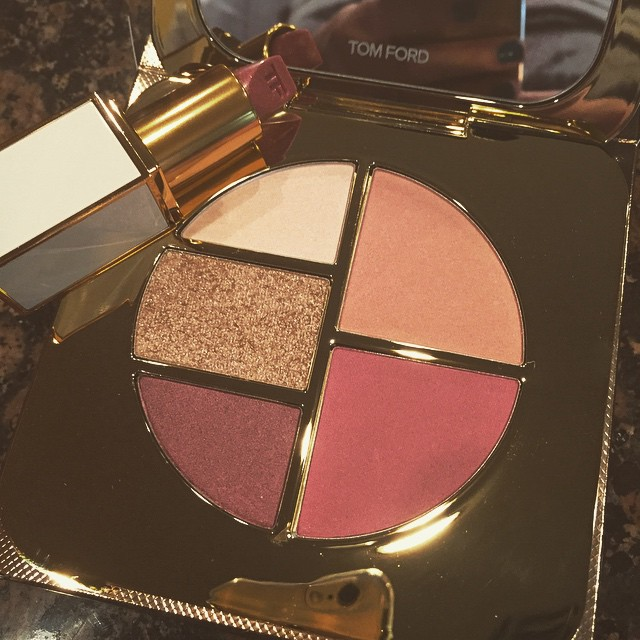 The prettiest #summer colors I ever did see… @tomford #palette #eyeshadow #blush #lipstick #makeup #happy