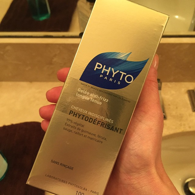 It's been at least 10 years since I used this miracle #hair product, and I'm so excited to have it again. @phytohaircare #straight #beauty