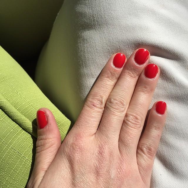 @usluairlines #KBJ (Kings Canyon). #nails #manicure #coloroftheweek #beauty #australia #northernterritory