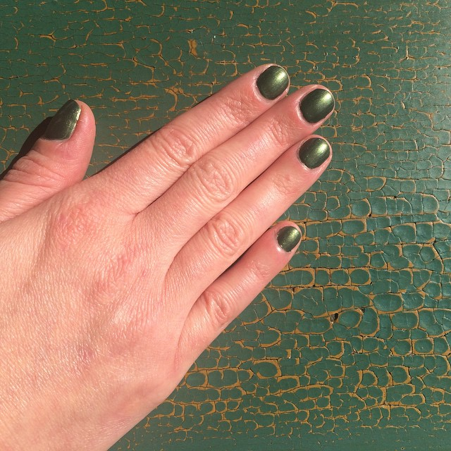 "@pixibeauty ""Olive Gold"" #manicure #nails #coloroftheweek #beauty"