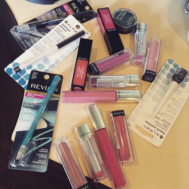 One of the perks of having a #beauty #pr #bff. @revlon @almay @ahalps323 #makeup #playtime