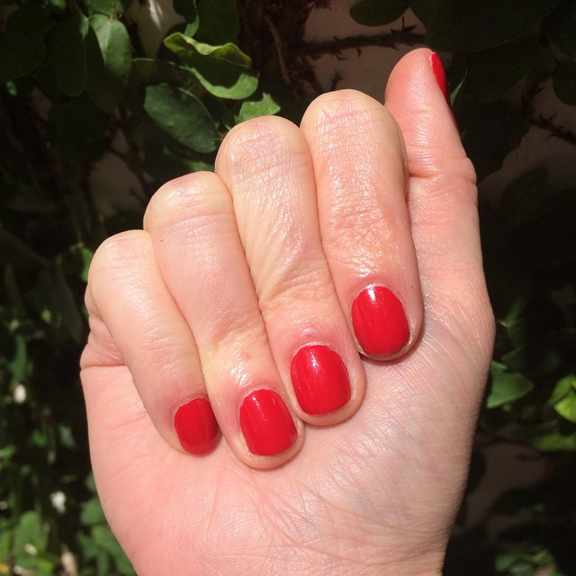 "@dior ""Red Royalty"" #nails #manicure #coloroftheweek"