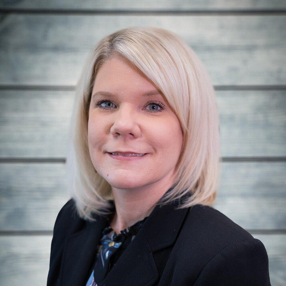<p><strong>Karen Sievert</strong>Chief Operating Officer<a href=/karen-sievert>More →</a></p>