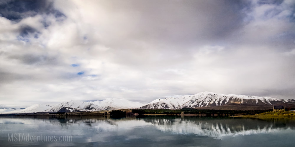 Two Thumb Mountains and Lake Tekapo New Zealand.jpg