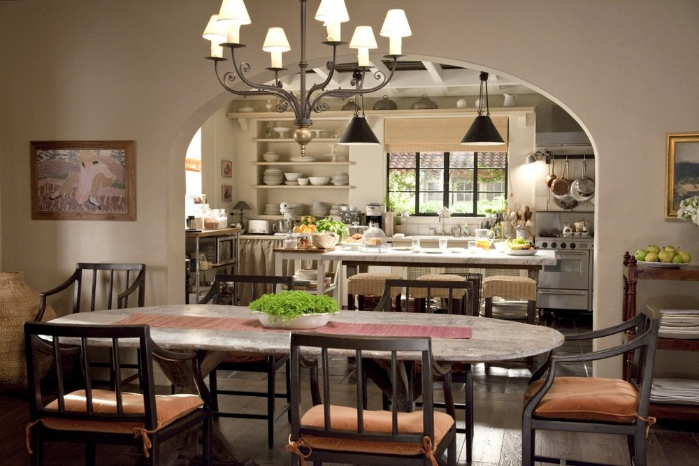 5. It'sComplicated-dining-kitchen-cocoonathomeblog.jpg