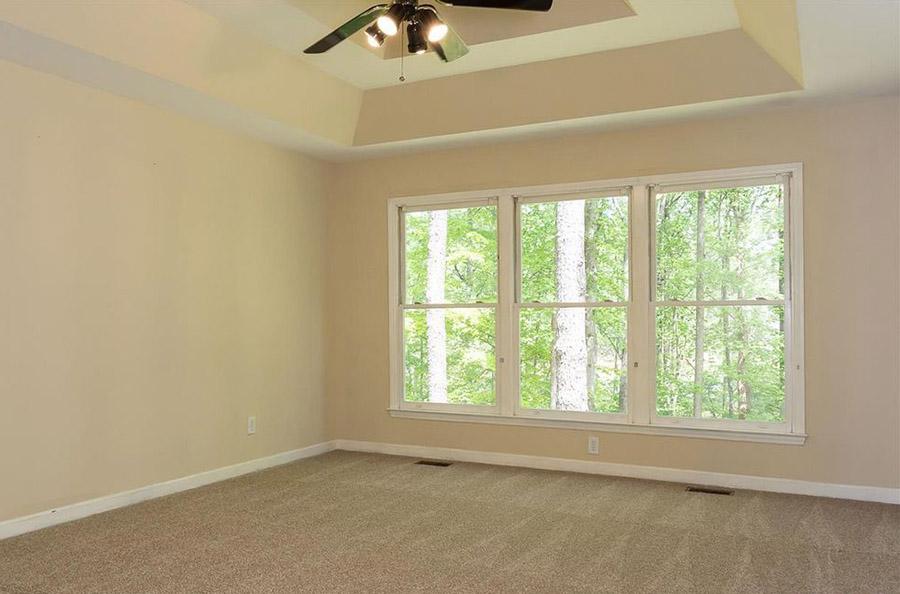 Master Bedroom Before.jpg