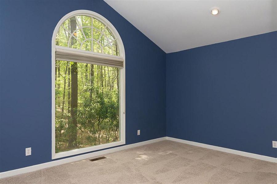 Helen's Room Before.jpg
