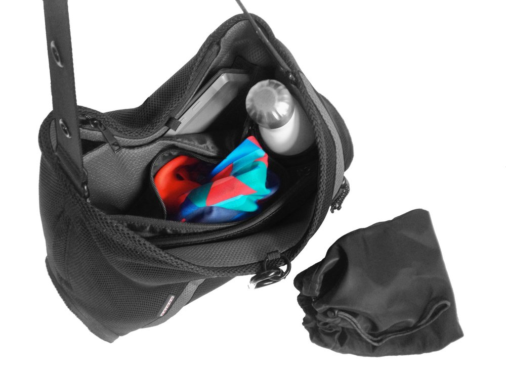 - Water bottle pocket - Machine washable laundry  pouch - Padded laptop compartment - 1 interior zip pocket,  3 exterior zip pockets