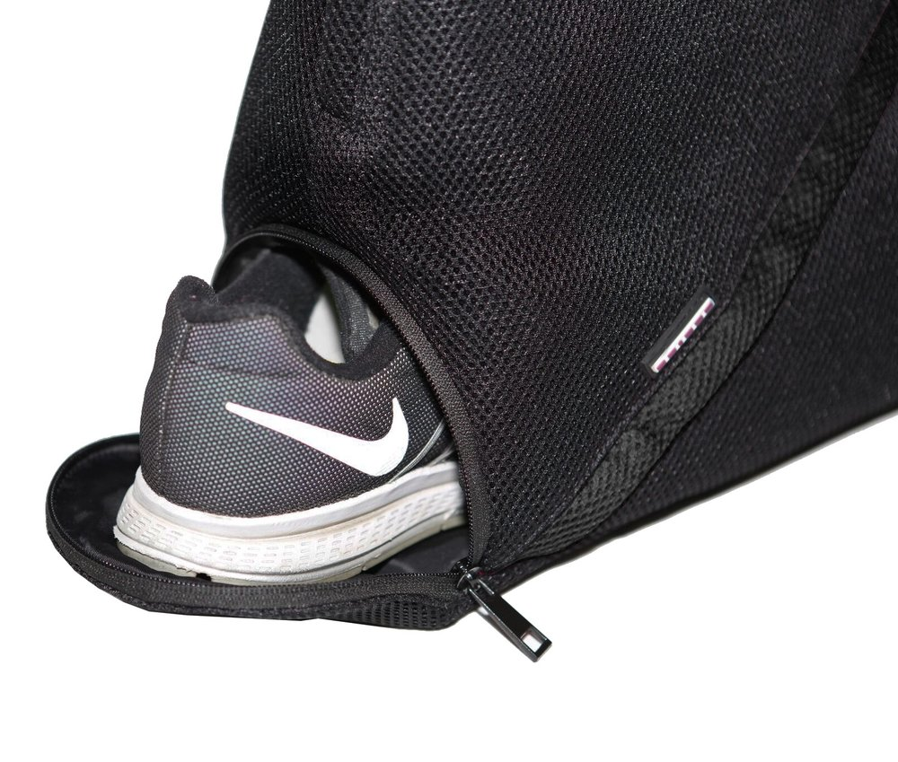 -Separate shoe compartment