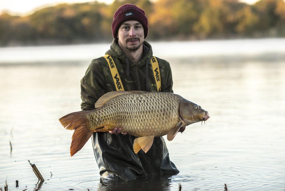 ANDREW fish WATER RELEASE STARBURST.jpg
